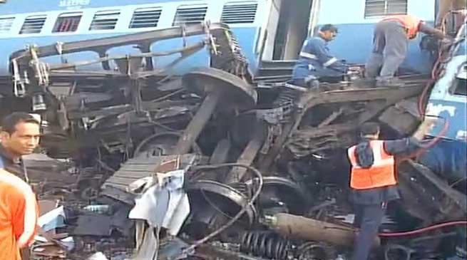 जगदलपुर-भुवनेश्वर एक्सप्रेस दुर्घटनाग्रस्त- अब तक 32 मरे 50 घायल