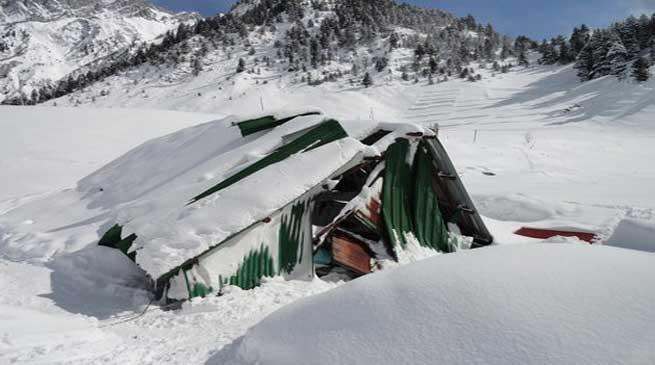 J&K- गुरेज सेक्टर में हिमस्खलन में दब कर 10 जवान शहीद