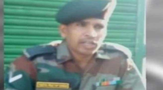 भूक हड़ताल पर बैठे लांस नायक यज्ञ प्रताप सिंह