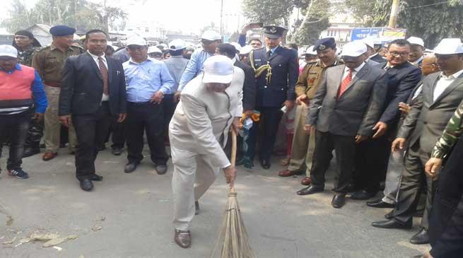 राज्यपाल ने लिया स्वच्छ भारत अभियान में हिस्सा