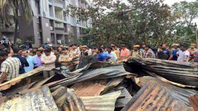 Photo of आमबाड़ी आगजनी के पीड़ितों को 10000 का मुआवजा, मंत्री हिमंत ने लिया परिस्थिति का जायजा
