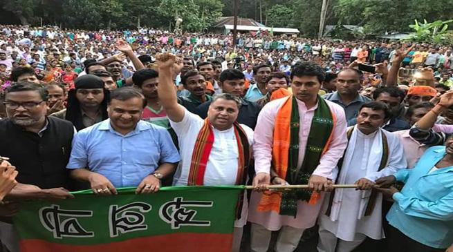 वामपंथी विरोधी वोटों को एकजुट करेगी बीजेपी