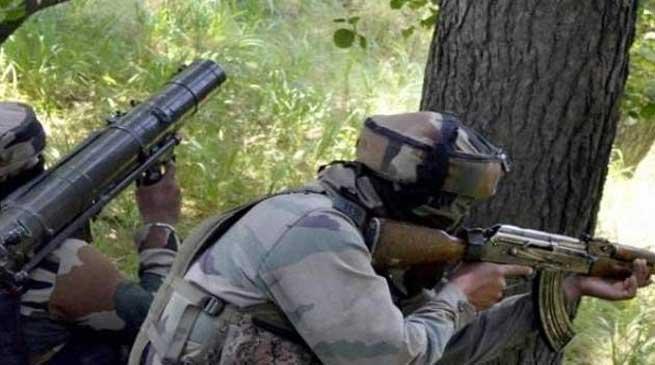 कश्मीर में पुलिस पार्टी पर आतंकी हमला, 6 पुलिसकर्मी शहीद