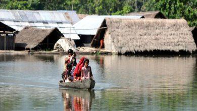 Photo of असम में बाढ़ का प्रकोप जारी, 25 जिले बाढ़ में डूबे