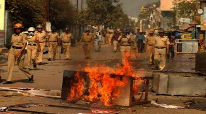 भीमा कोरेगांव हिंसा की आग में जल उठा महाराष्ट्र
