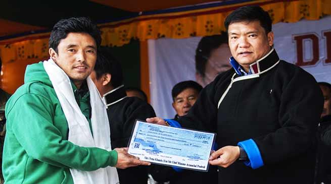 अरुणाचल: चीन से सटे बोमजा गाँव के लोग रातो रात बन गए करोड़पती, जानिए कैसे....