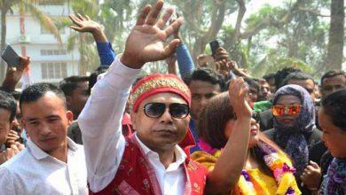 Photo of मेघालय :  कांग्रेस ने सरकार बनाने का दावा पेश किया, बीजेपी का भी प्रयास जारी