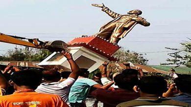 Photo of त्रिपुरा: बीजेपी के जीत के बाद हिंसा का दौरा, लेनिन की मूर्ति गिराई गई