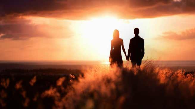 असम: प्रेमी के प्यार में पागाल युवती पहुँच गई बंगलादेश.. फिर किया हुआ..?- पढ़िए यह खबर