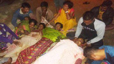 Photo of असम: संदिग्ध ULFA उग्रवादियों द्वारा 5 युवकों की हत्या, ममता बनर्जी ने कहा NRC से जुड़ी है हत्या