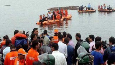 Photo of आंध्र प्रदेश: गोदावरी नदी में नाव डूबी, 12 की मौत, 31 लापता