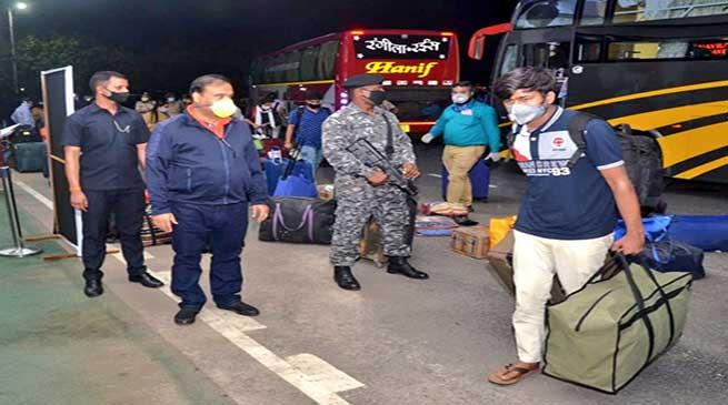 Coronavirus lockdown: कोटा में फंसे असम के 391 विद्यार्थी गुवाहाटी पहुंचे