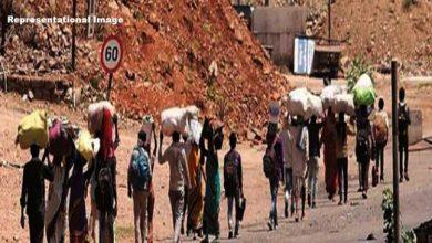 Photo of Coroavirus lockdown: मेघालय में 62 KM तक पैदल चले 25 मजदूर